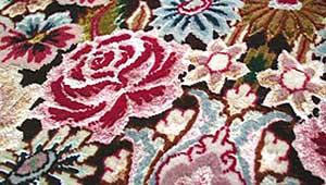 緻密なペルシャ絨毯の織り~ペルシャ絨毯の話