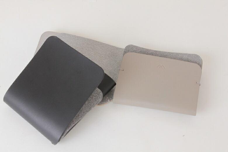 979dcf53a362 エントリーで最大30倍】極限まで装飾を削ぎ落したシンプルな二つ折り財布 ...