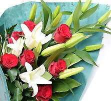 おまかせ ゆり&バラ入り花束