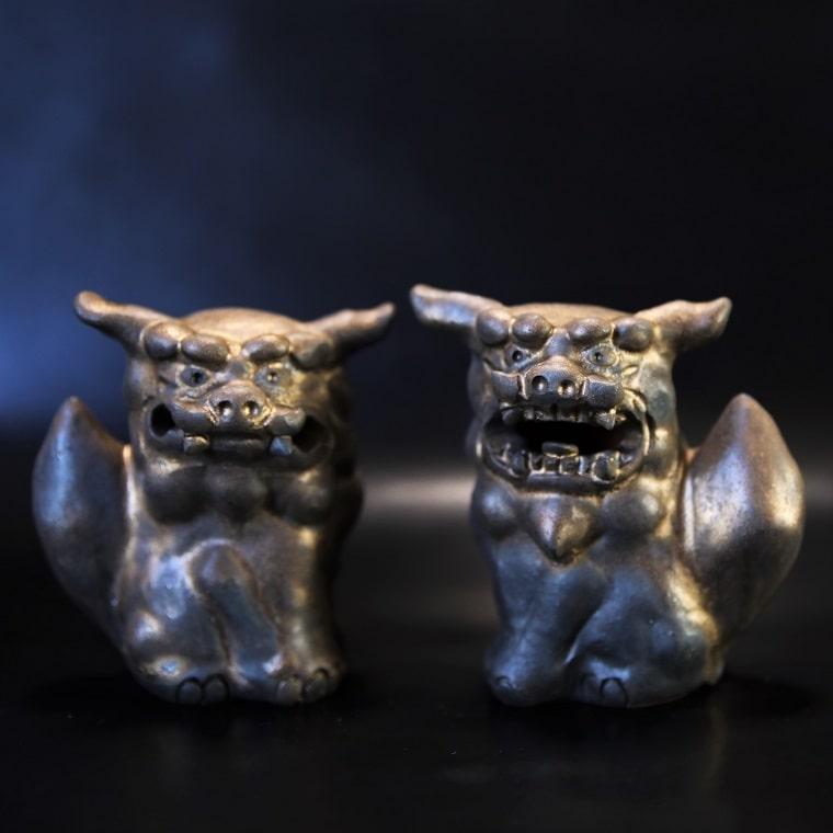 いぶし金色のシーサー 沖縄の陶芸家