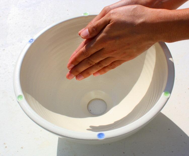 沖縄陶器と琉球ガラスの手洗いボウル 陶芸家