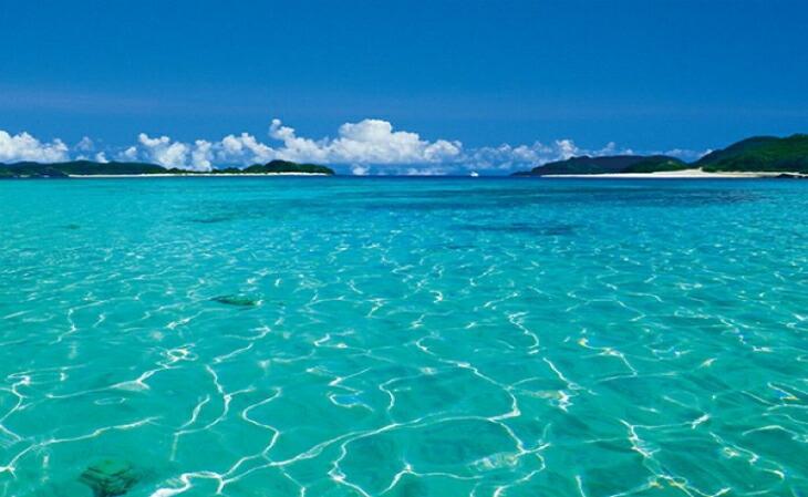 沖縄の海の表札
