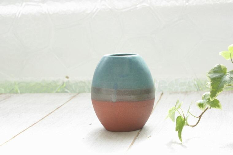 沖縄の焼物の花器