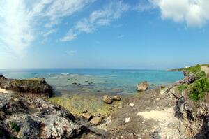 読谷村の海