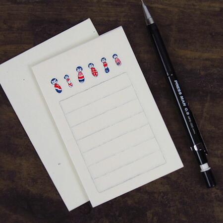 ミニサイズの便箋と封筒のセットです