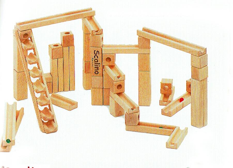 【12月中旬入荷分】スカリーノ3【遊び方説明書付き】【送料無料】木のおもちゃ・玉の塔