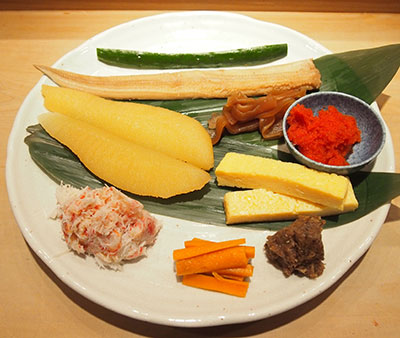 贅沢海鮮恵方巻きは13種類の国産豪華食材が入っています!