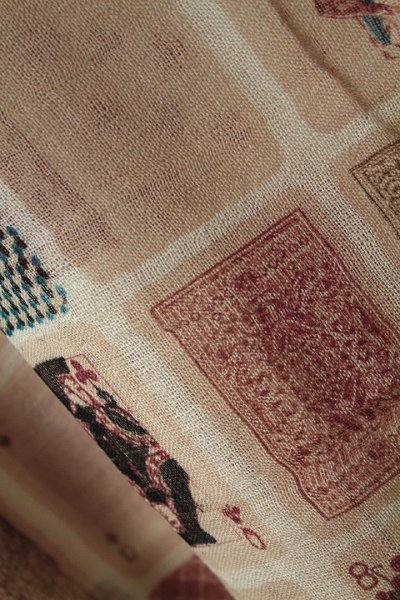 b518115951ce0 An Indian handmade product! Original print large size shawl of the 100% wool  fabric which a pole was thin and finished weaving☆