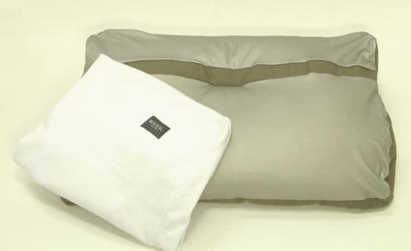 枕と枕カバー