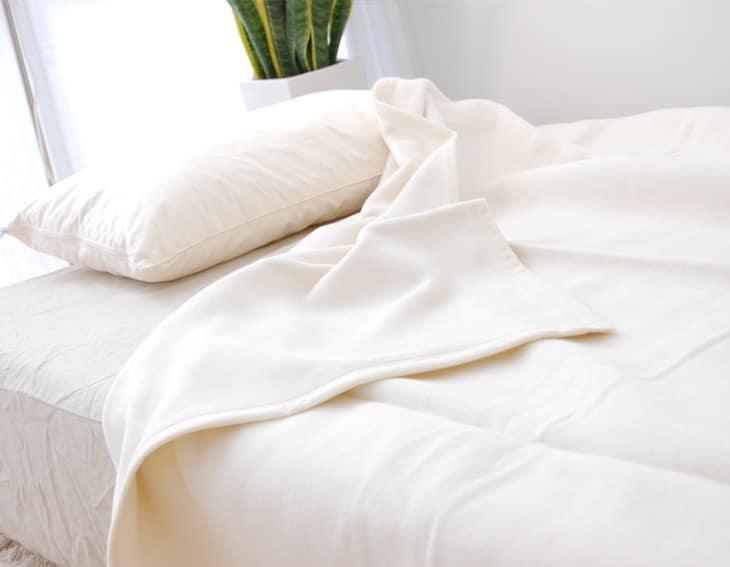 子どもの柔肌にも優しい。使用感が良い綿毛布のおすすめは?