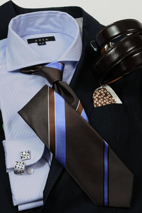 ネイビー系スーツやジャケットコーディネート