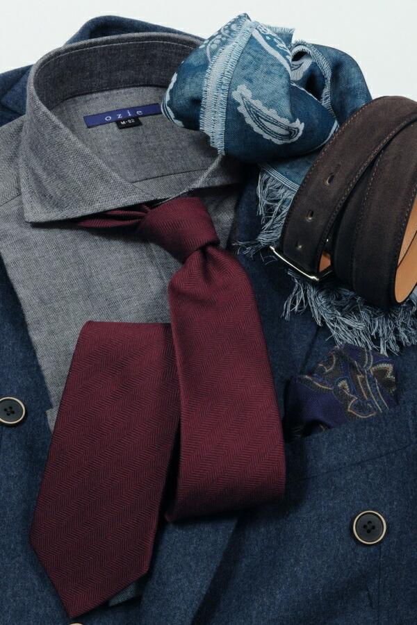 ブルー系スーツやジャケットに合わせたコーディネート