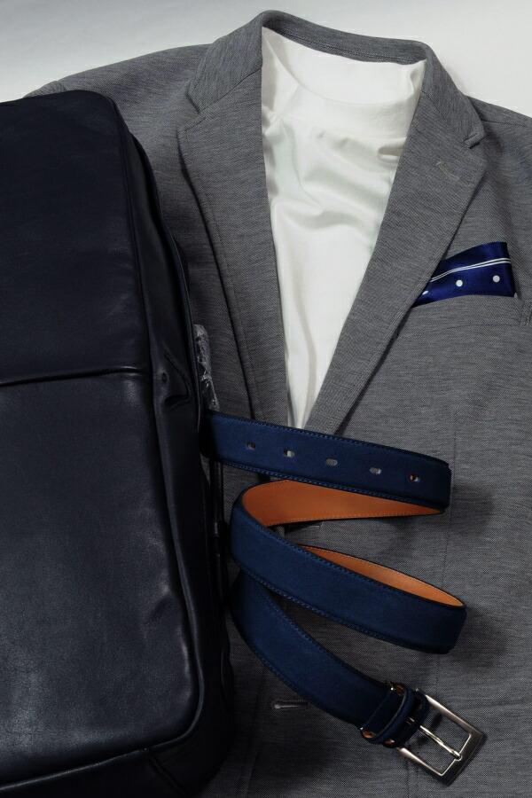 グレー系スーツやジャケット