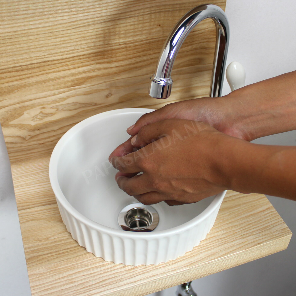 PIVOTスワン立水栓×ベッセル型手洗器×ウッドラック×給排水部材フルセット