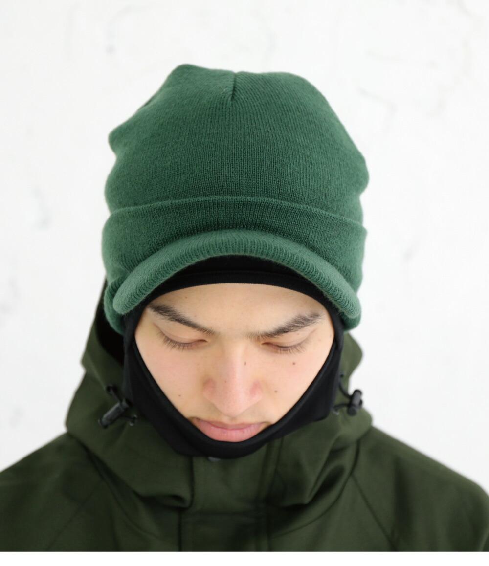 スノボスノーボードツバ付きニット帽イメージ