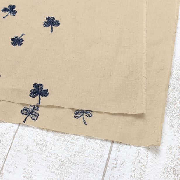 ハーフリネンシーチング クローバーレース刺繍