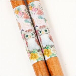 華やかなデザインのお箸