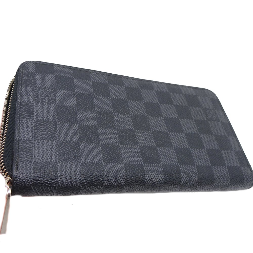 125b3527cc4c Authentic LOUIS VUITTON Damier Graphite Zippy Organizer Wallet N63077   042239