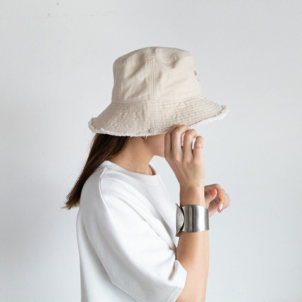 刺繍バケットハット