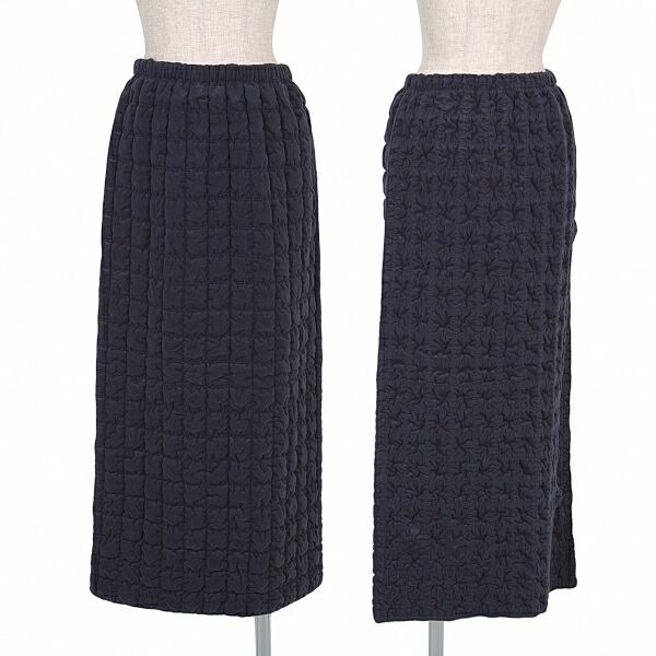 イッセイミヤケISSEY MIYAKE 起毛ポリシャーリングキルトスカート 紺2