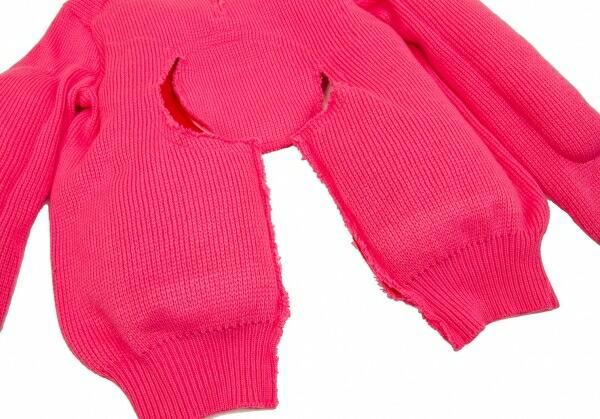 コムデギャルソンCOMME des GARCONS カットアウト中綿セーター 濃ピンクXS