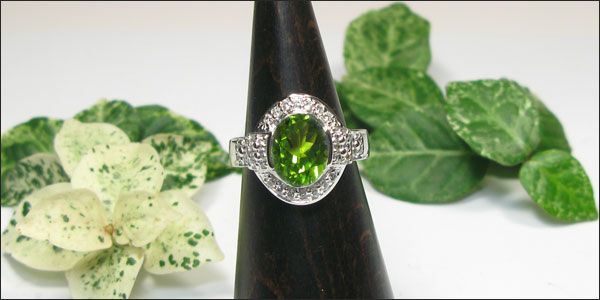 k18ゴールド・ペリドットリング・ダイヤモンド・指輪