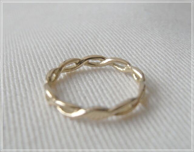 華奢でシンプルな18Kピンキーリング、K18ゴールド(18金)レディースの指輪の画像6