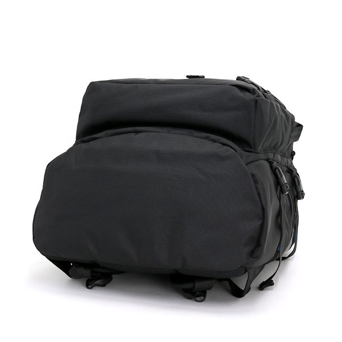 4020286b0e この商品についてベースボールキャップで人気の【NEW ERA(ニューエラ)】からバッグコレクションが登場☆  ミリタリーテイストを感じさせるディテールを数多く備えながら ...