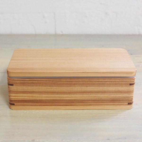 杉の弁当箱