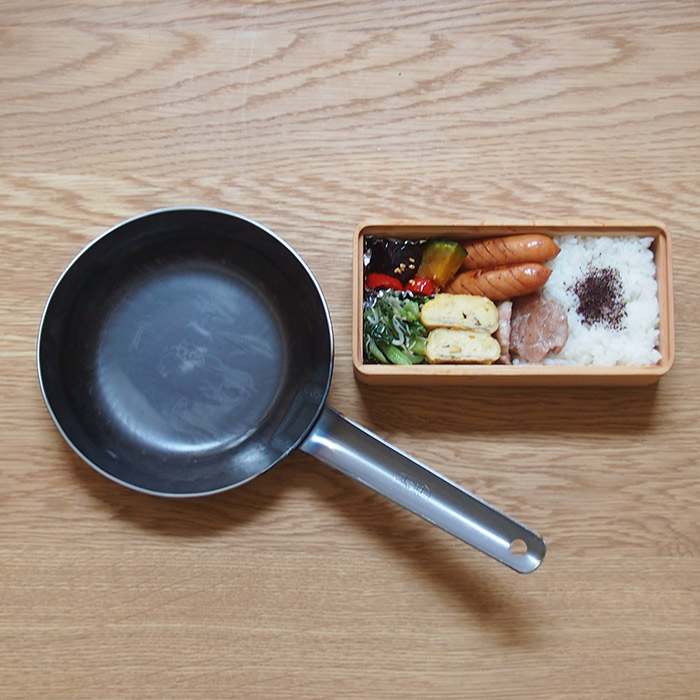 【プロキッチン別注】山田工業所 鉄打出 ちょこっとフライパン 16cm