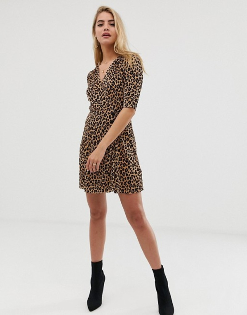 8723999f27a81 エイソス レディース ワンピース トップス ASOS DESIGN leopard print plisse mini dress with  button detail Leopard print!