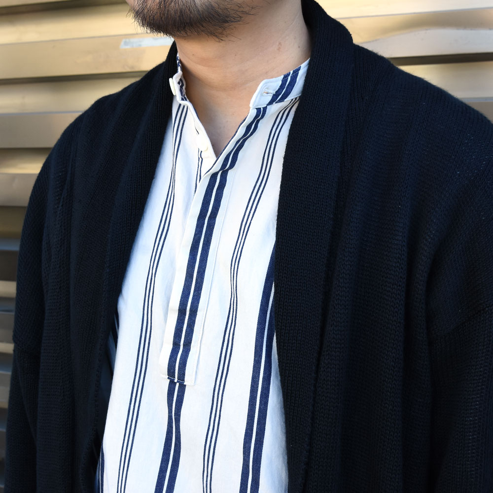 Settefili Cashmere(セッテフィーリ カシミア)のコーディネートのアップ写真