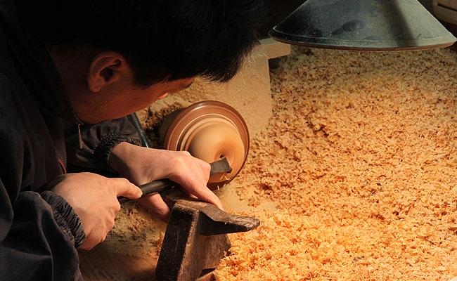 山中漆器が誇る木地師の技