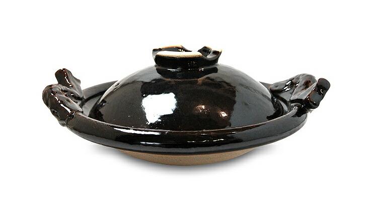 魚の持ち手がかわいらしい大人数で楽しめる黒鍋