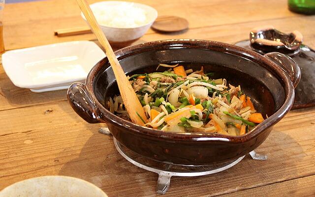 食材の旨みを引き出す土鍋