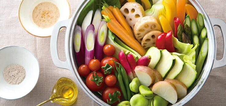 野菜が甘い。シチューもとろとろ。無水鍋が生む感動的な美味しさの理由は?無水鍋3つのポイント