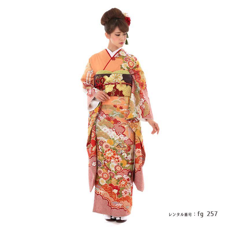 振袖を着たモデル画像