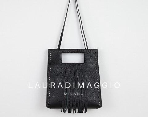 LAURA DI MAGGIO (ローラディマッジオ)