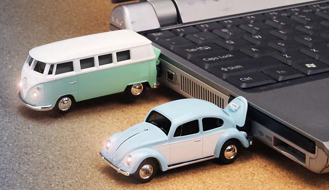 Volkswagen USBフラッシュメモリー
