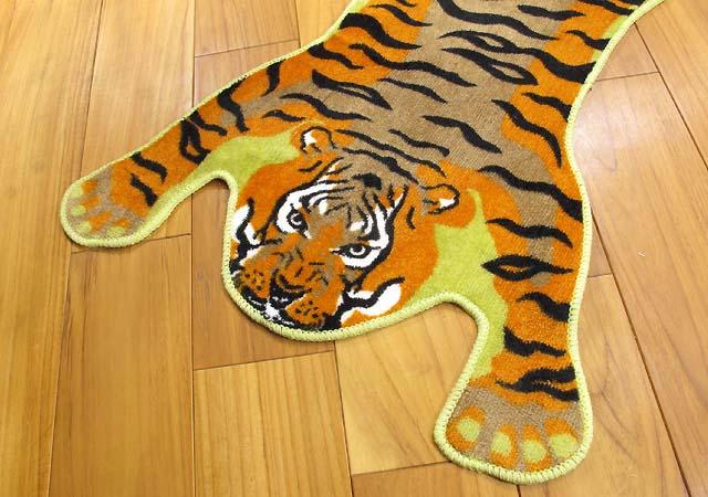 虎 マット