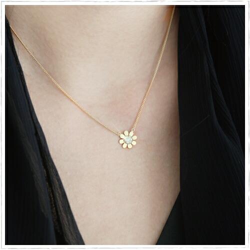 83daa497a9b09 K18 Necklace GOLDENRIVER: Woman presentation born in K14 sunflower ...