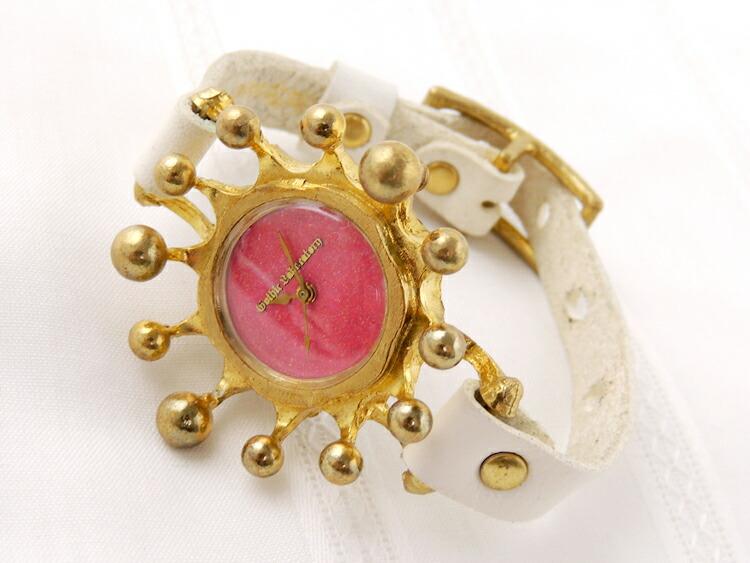 ミルククラウン腕時計
