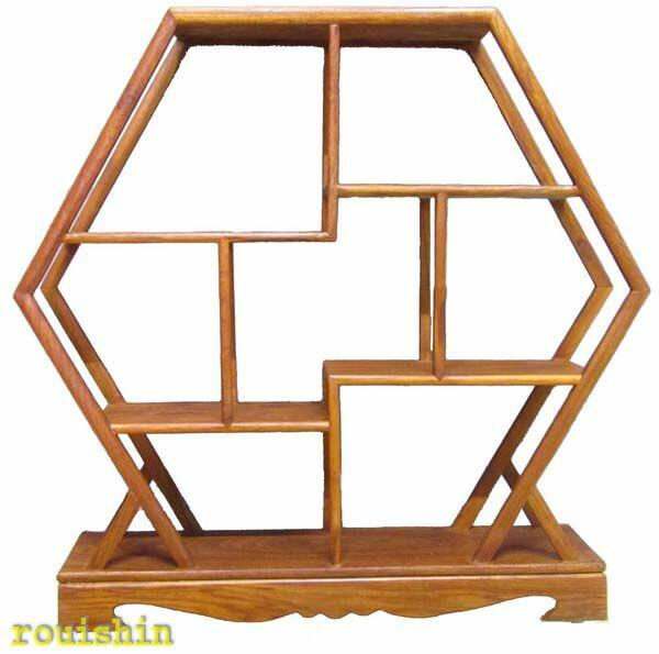 飾り棚木製雑木珍品棚アップ画像