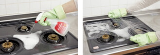 しつこい汚れは、「油汚れ用洗剤」をスプレーした上にラップを貼り付け、10〜15分おいて、水で固く絞った布で拭くとラクにとれます。