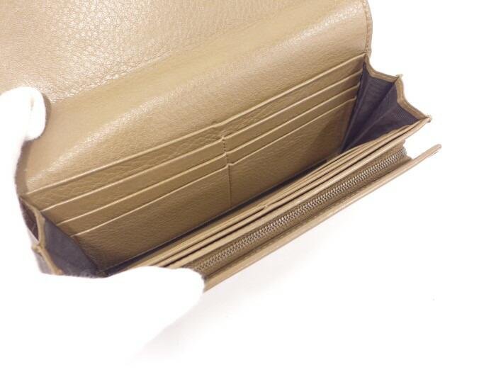 d183e26a9d01 ブランドグッチ◇商品名二つ折り長財布◇型番245739◇カラーブラウン◇素材?ラインレザー◇サイズ最大約 W19×H9×D3(cm)◇付属品 本体のみ(カギは欠品です。