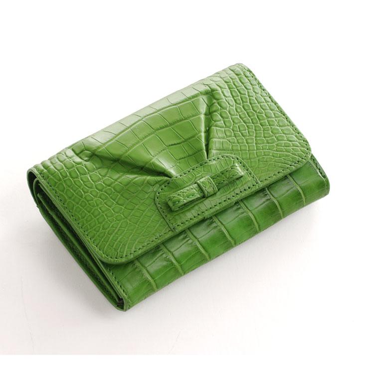上品なデザイン 財布