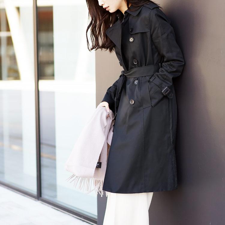 女性らしい着こなしが出来るトレンチコート