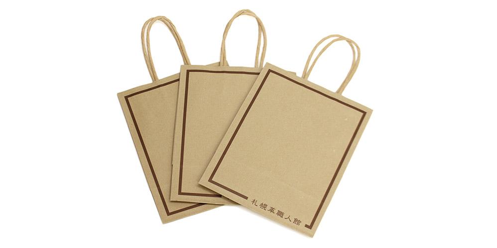 革小物は基本的にSサイズの紙袋に入ります。