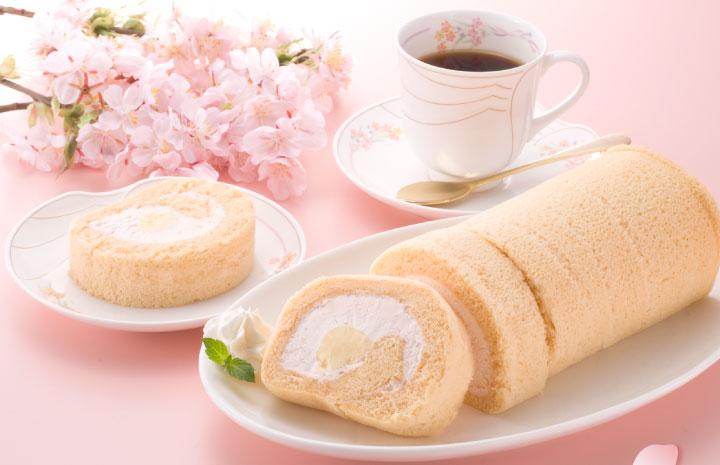 桜のロールケーキ