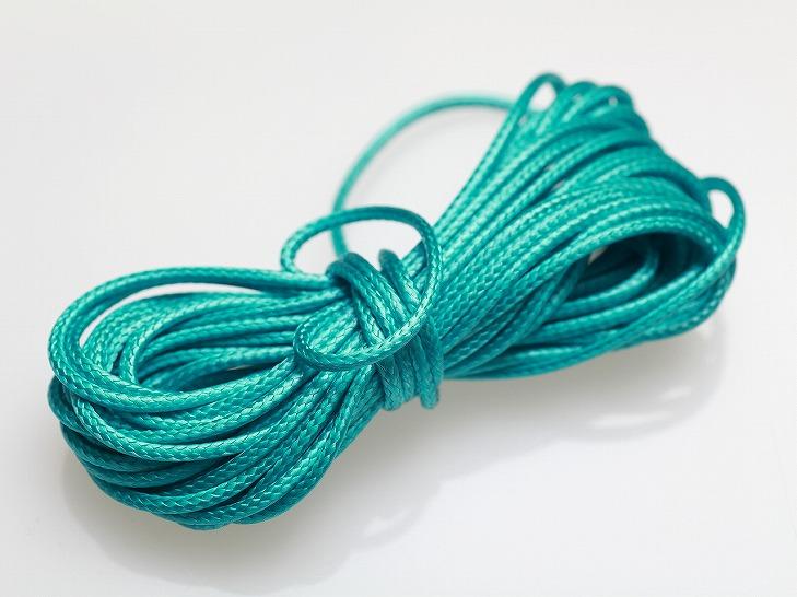【ロー引き紐/径約2mm・約5m】クリームグリーン/ポリエステル/カラーワックスコード/ロウヒモ/丸紐/ロープ/アクセサリーパーツ/手芸材料 border=0